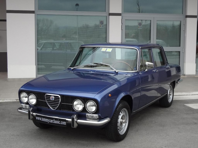 alfa romeo 2000 berlina i serie 1972 131cv prezzo venduta sold verkauft. Black Bedroom Furniture Sets. Home Design Ideas